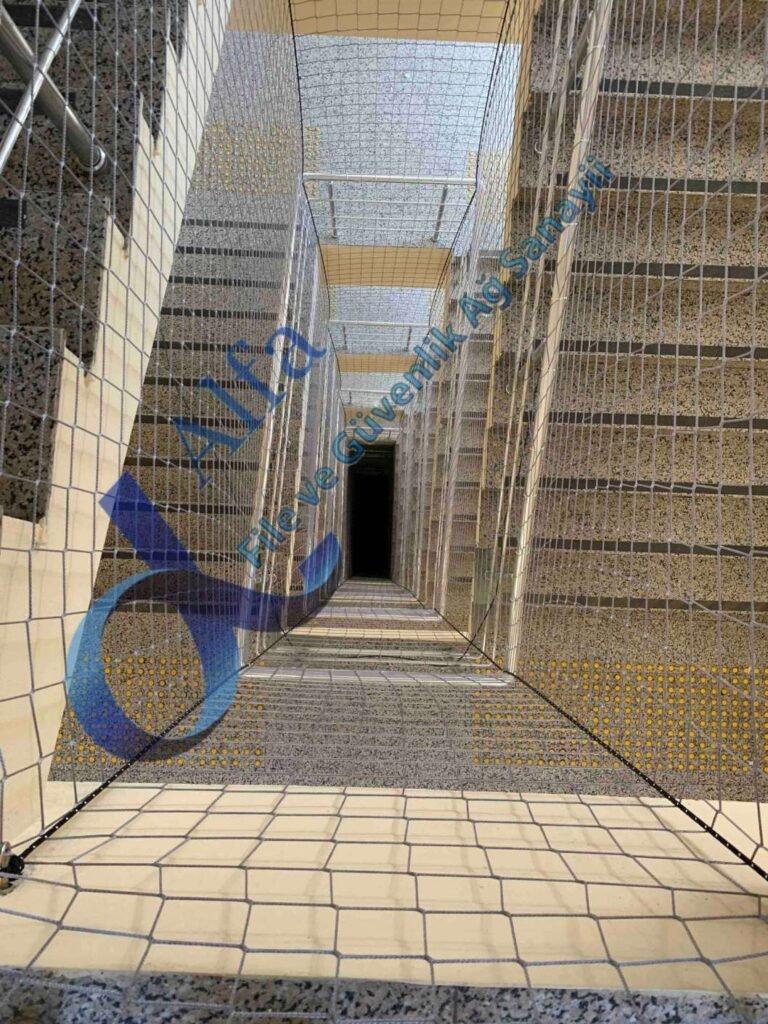 Merdiven Boşluğu Güvenlik Filesi